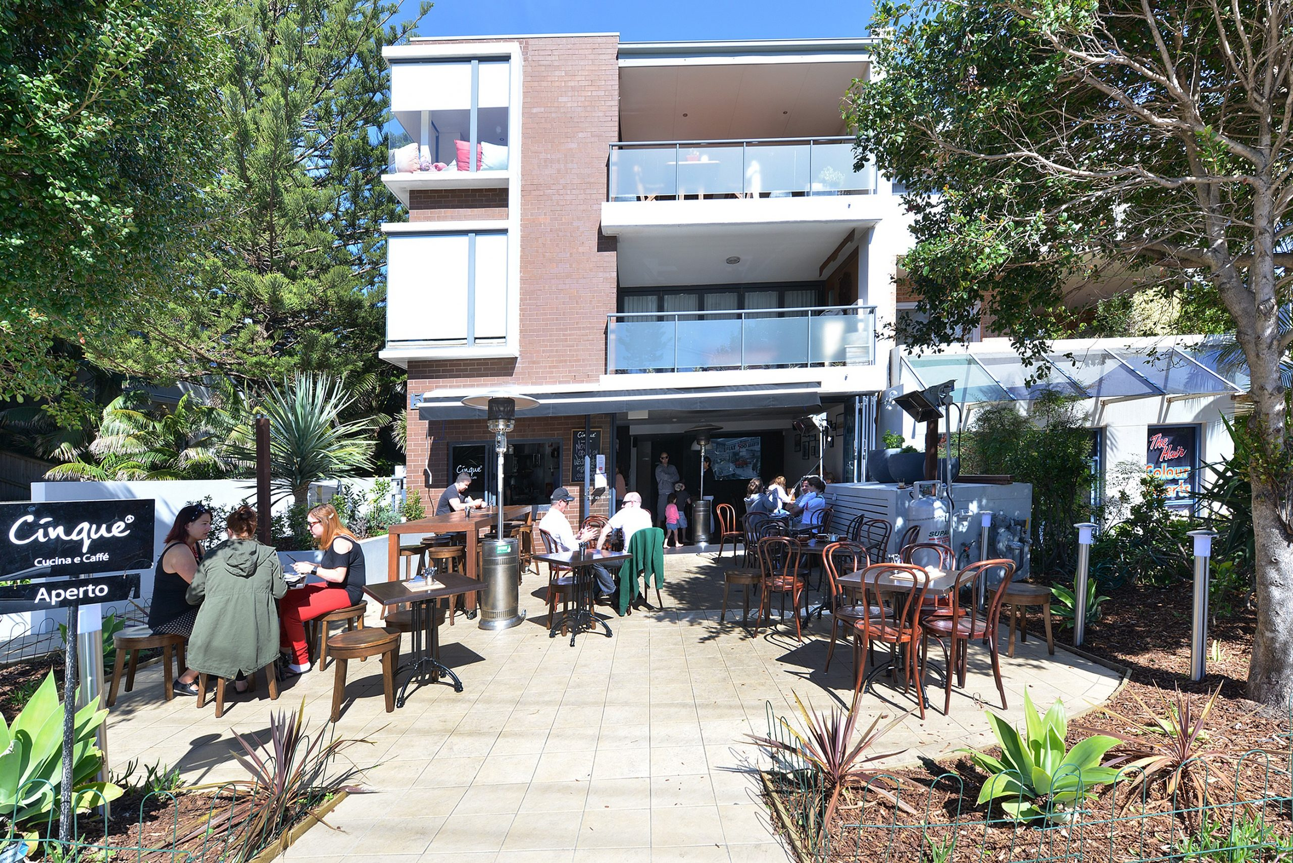 Retail Space leased in Mona Vale