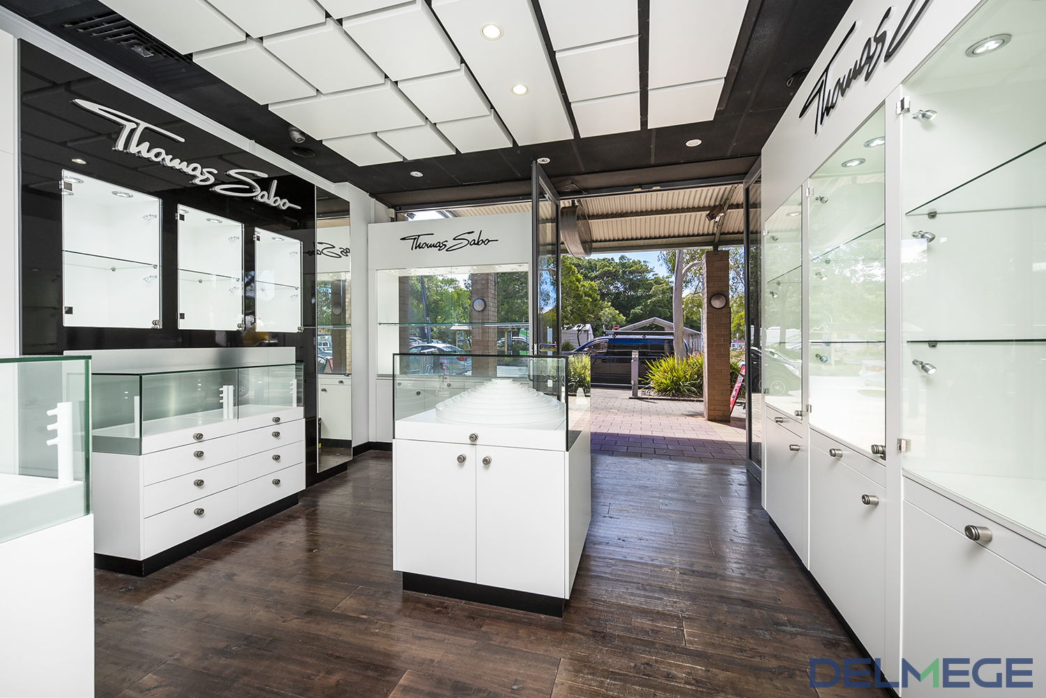 Retail Property sold in Avalon beach
